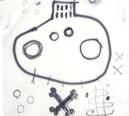 逆さグラフィティTシャツ