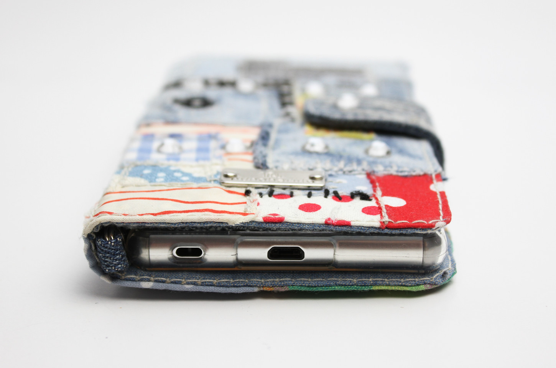 コットンコラージュ+デニム手帳型iPhoneケース